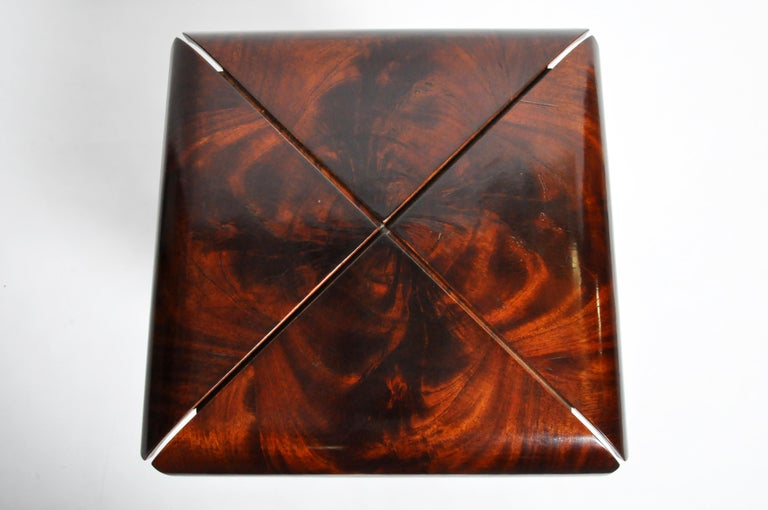 French Mahogany Veneer Side Table in the Style of Jorge Zalszupin For Sale 3