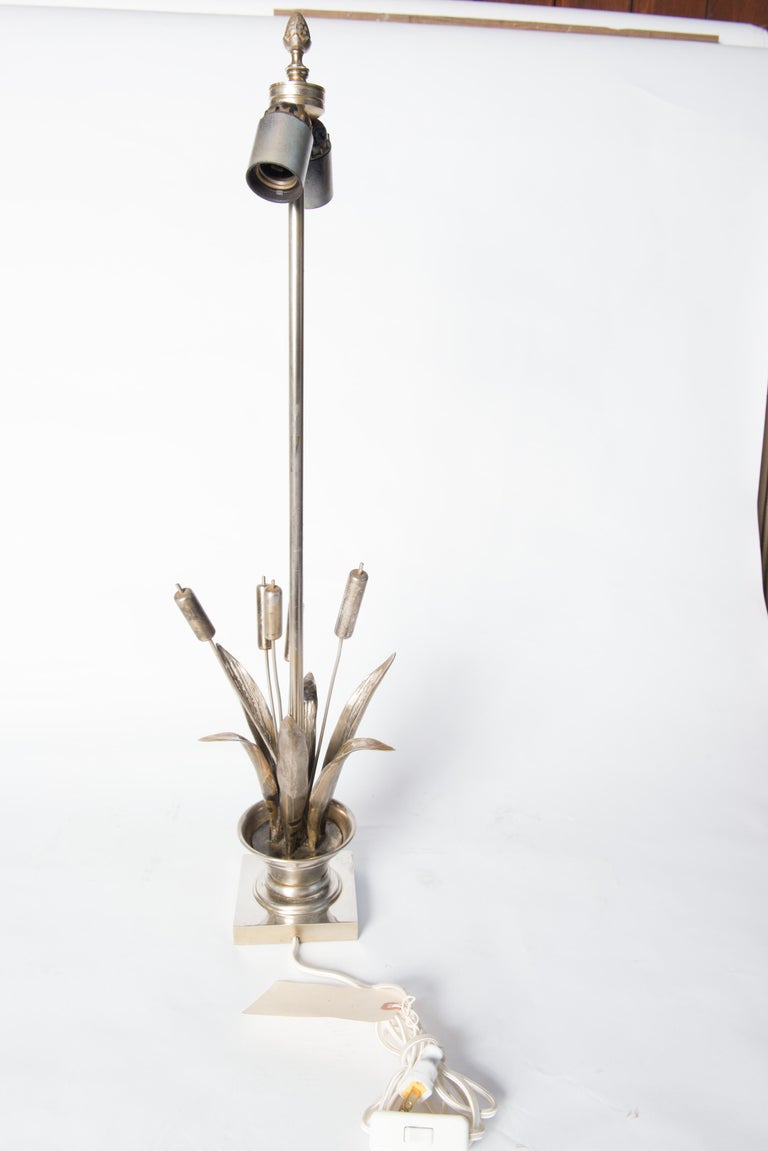 French Maison Charles style Bulrush Silver Lamp For Sale 2
