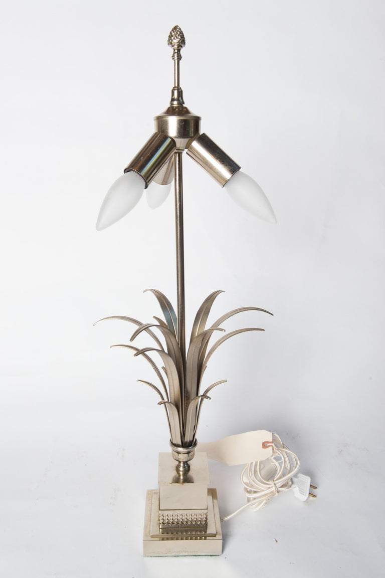 French Maison Charles Style Silvertone Frond Lamp In Good Condition For Sale In Stamford, CT