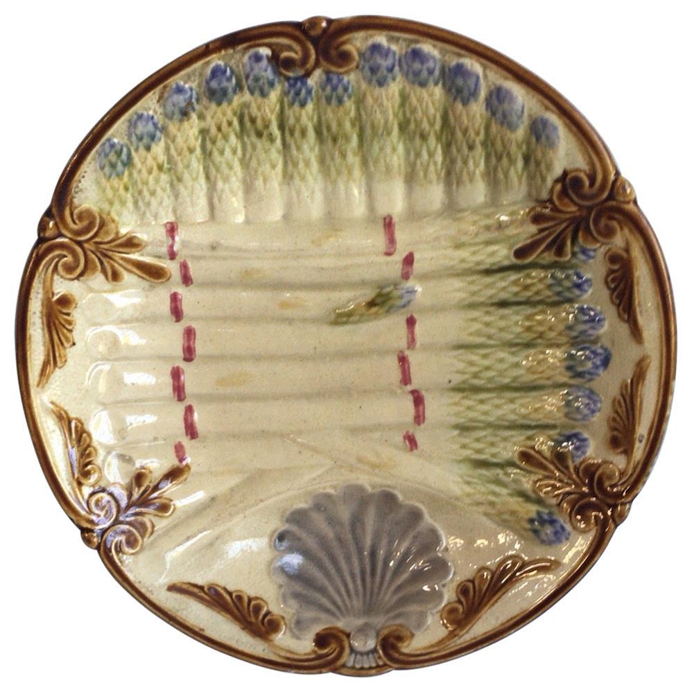 French Majolica Asparagus Plate Onnaing, circa 1890
