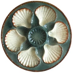 French Majolica Oyster Plate Saint Clement, circa 1890