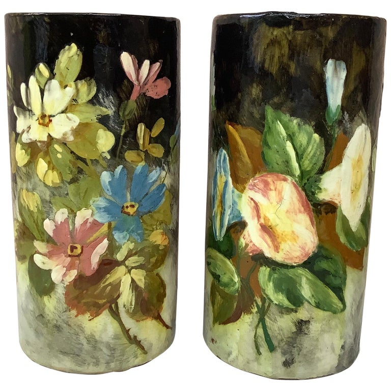 French Majolica Pair of Vases with Painted Flowers Pointu, circa 1880 For Sale