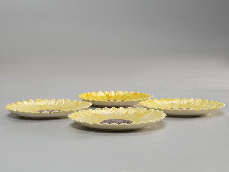 French Majolica Salad or Dessert Plates, Sunflower Pattern For Sale 5