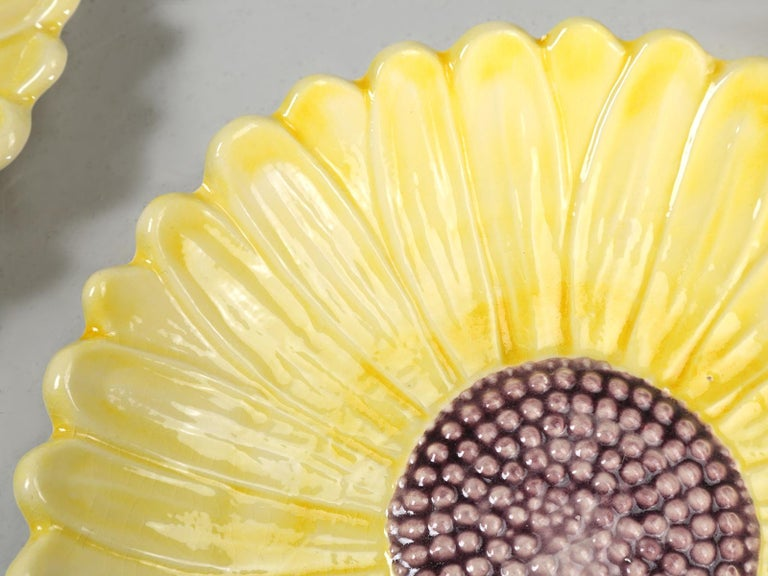 French Majolica Salad or Dessert Plates, Sunflower Pattern For Sale 4