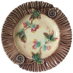 French Majolica Strawberry Wall Plate, circa 1890