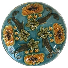 French Majolica Yellow Flowers Plate, circa 1890