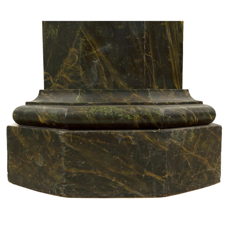 French Mid-19th Century Faux Painted Marble Octagon Shaped Pedestal For Sale 1