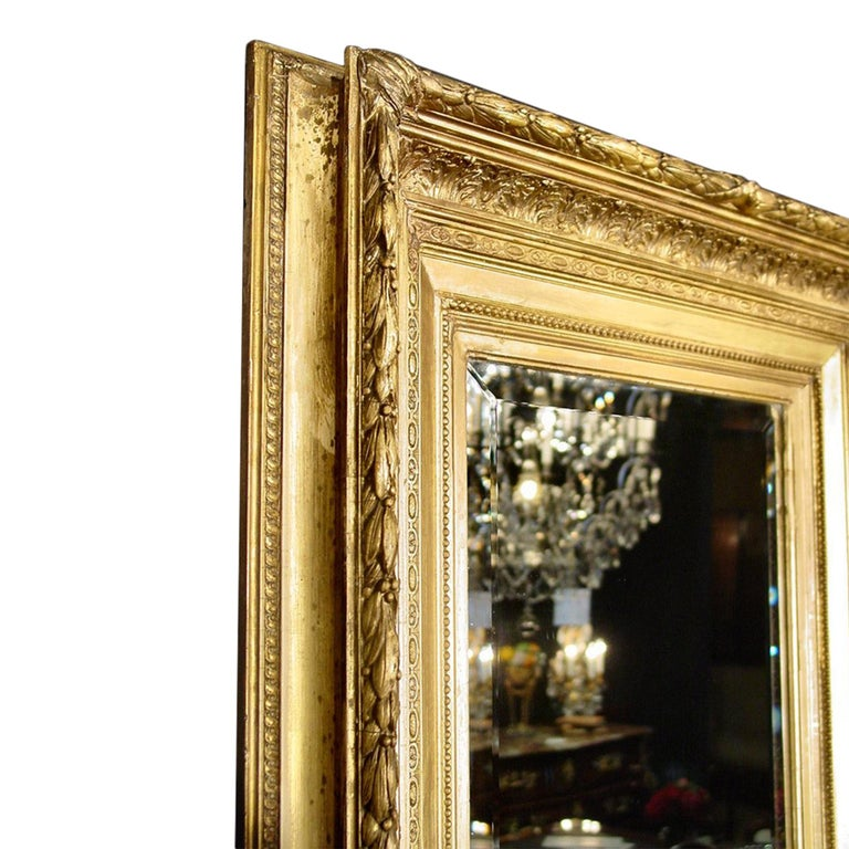 French Mid-19th Century Giltwood Louis XVI Style Mirror For Sale 1