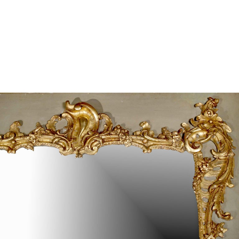 French Mid-19th Century Giltwood Mirror In Excellent Condition For Sale In West Palm Beach, FL