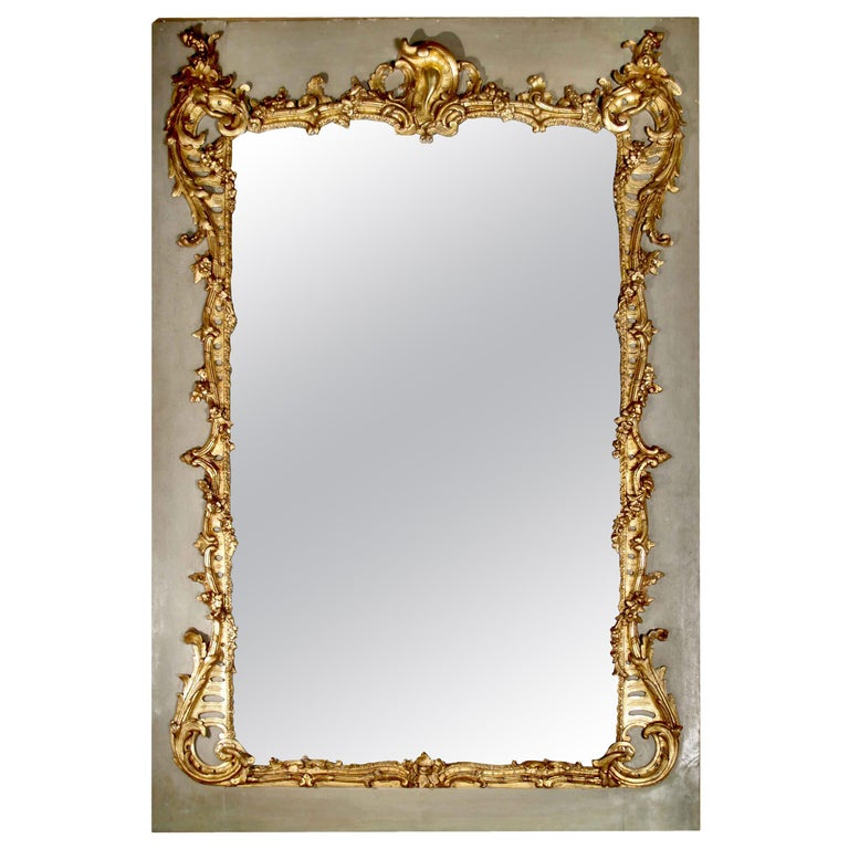French Mid-19th Century Giltwood Mirror For Sale