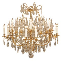 French Mid-19th Century Large Scale Ormolu and Baccarat Crystal Chandelier