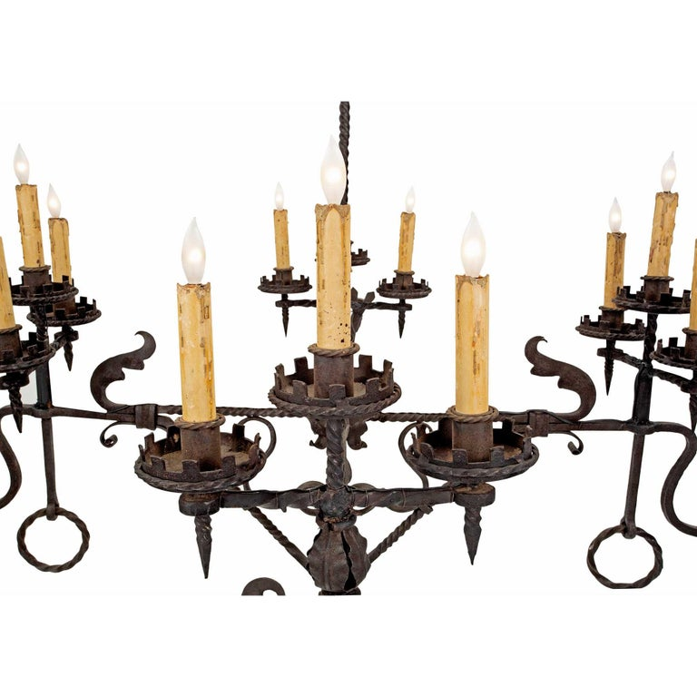 French Mid-19th Century Wrought Iron Twelve-Light Chandelier For Sale 1