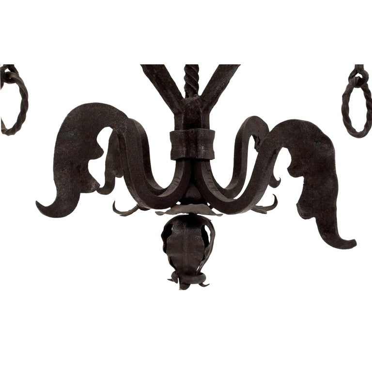 French Mid-19th Century Wrought Iron Twelve-Light Chandelier For Sale 3