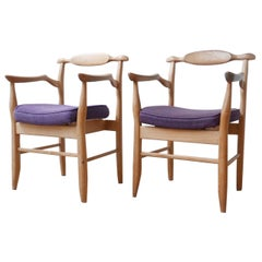 French Midcentury Blonde Oak Guillerme et Chambron 'Fumay' Bridge Chairs, Pair