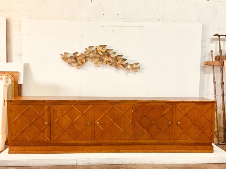 "French Midcentury ""Croissilon"" Lattice Front Oversized Sideboard In Good Condition For Sale In East Hampton, NY"