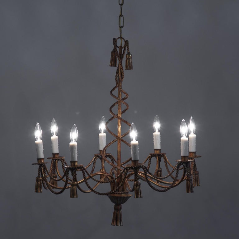 French Midcentury Louis XVI Style Gilded Metal 8-Light Chandelier For Sale 6