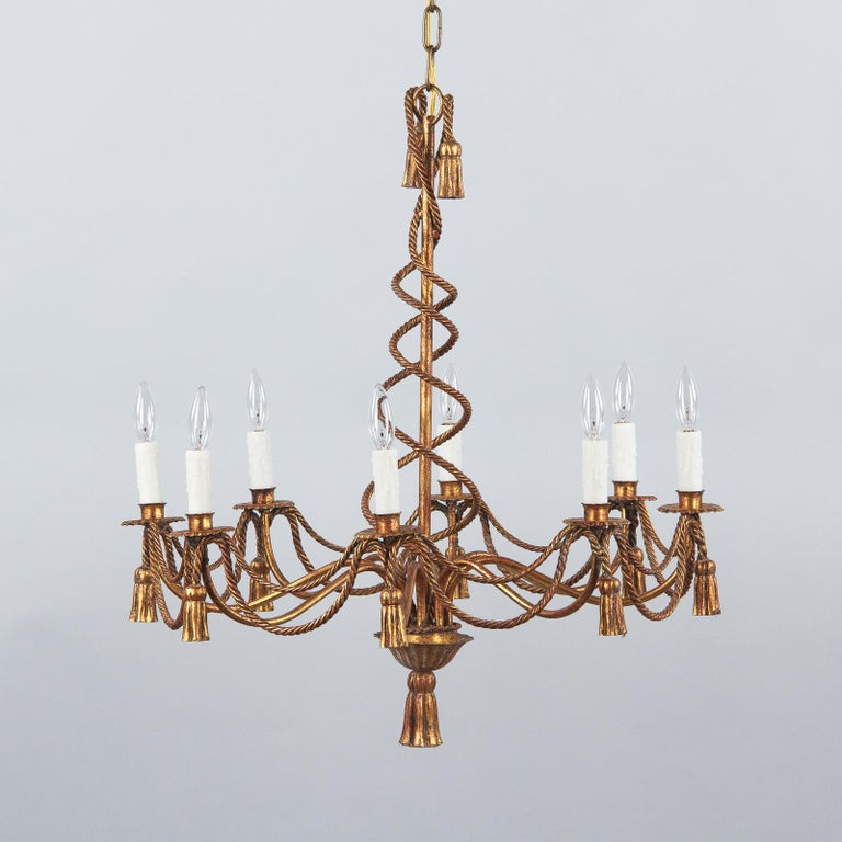 French Midcentury Louis XVI Style Gilded Metal 8-Light Chandelier For Sale 7