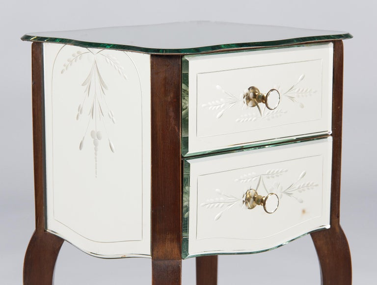 French Mid-Century Mirrored Venetian Glass Two-Drawer Chest, 1950s For Sale 5