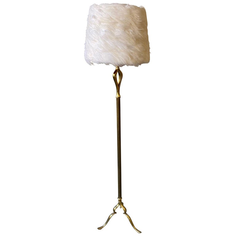 French Mid-Century Modern Brass Floor Lamp on a Tripod Base For Sale