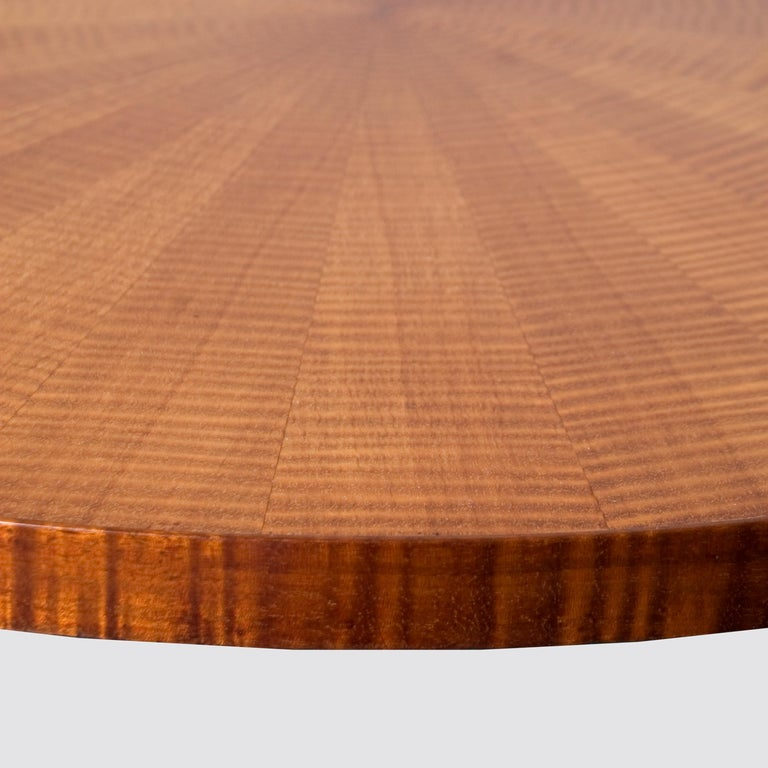French Mid-Century Modern Coffee Table in Fiddled Sycamore In Good Condition For Sale In London, GB