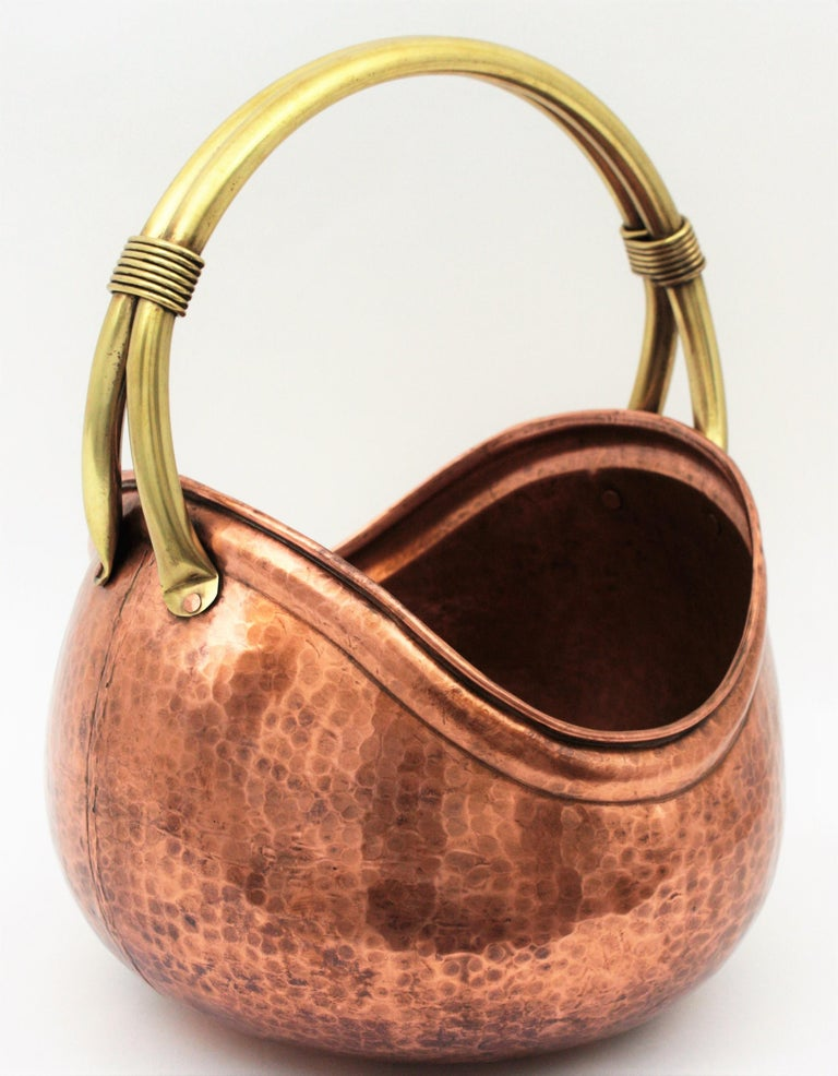 French Mid-Century Modern Copper and Brass Basket Log Holder with Rope Detail For Sale 5