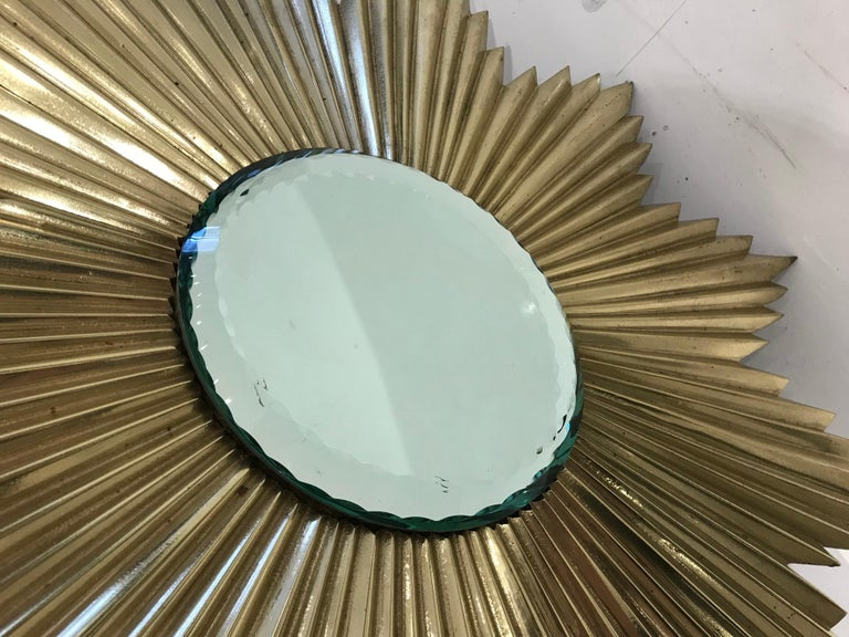 French Mid-Century Modern Gilt Bronze Sunburst Mirror In Good Condition For Sale In Montreal, QC