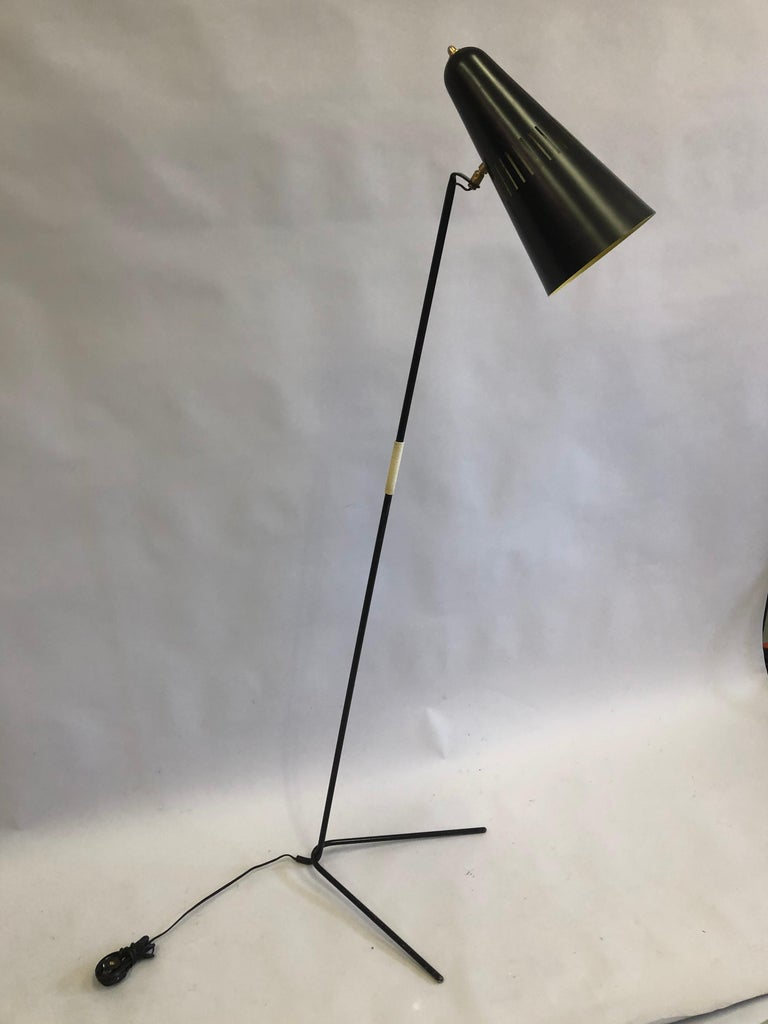French Mid-Century Modern Prototype Floor Lamp, Serge Mouille & Pierre Guariche In Good Condition For Sale In New York, NY