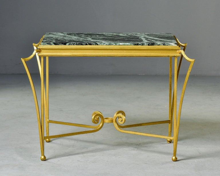 French Midcentury Side Table with Green Marble Top and Gilded Iron Frame For Sale 5