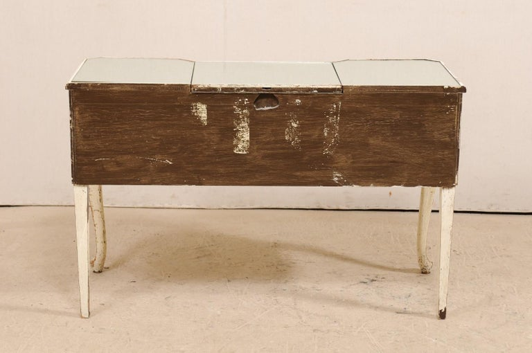 French Midcentury Mirrored Wood Dressing Table on Cabriole Legs For Sale 4