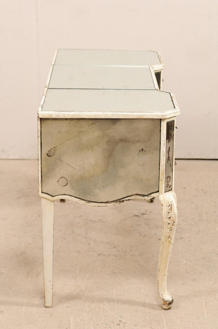 French Midcentury Mirrored Wood Dressing Table on Cabriole Legs For Sale 5