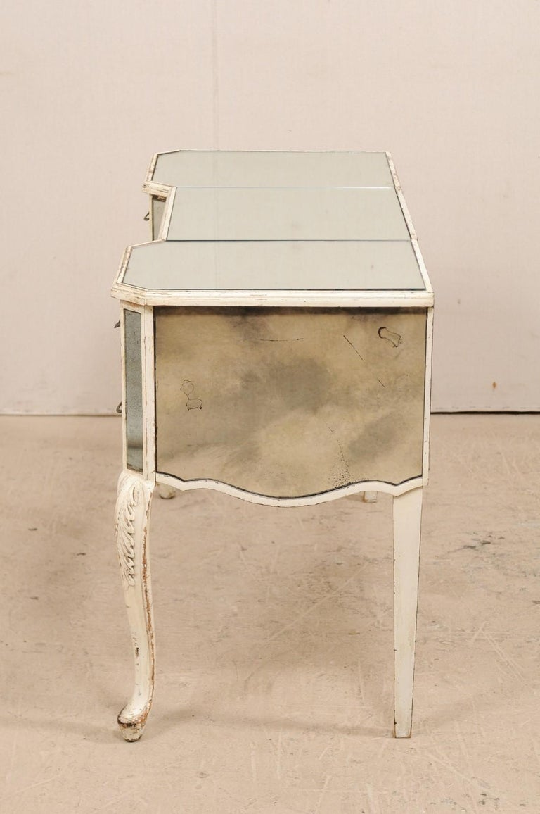 French Midcentury Mirrored Wood Dressing Table on Cabriole Legs For Sale 3