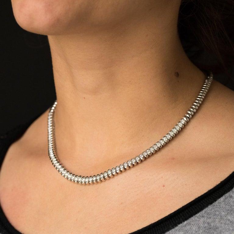 French Modern 4.72 Carat Diamond 18 Karat White Gold Necklace For Sale 2