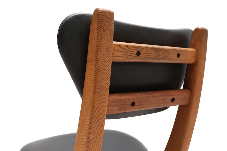 French Modern Pine and Black Leather Dining Chairs For Sale 1