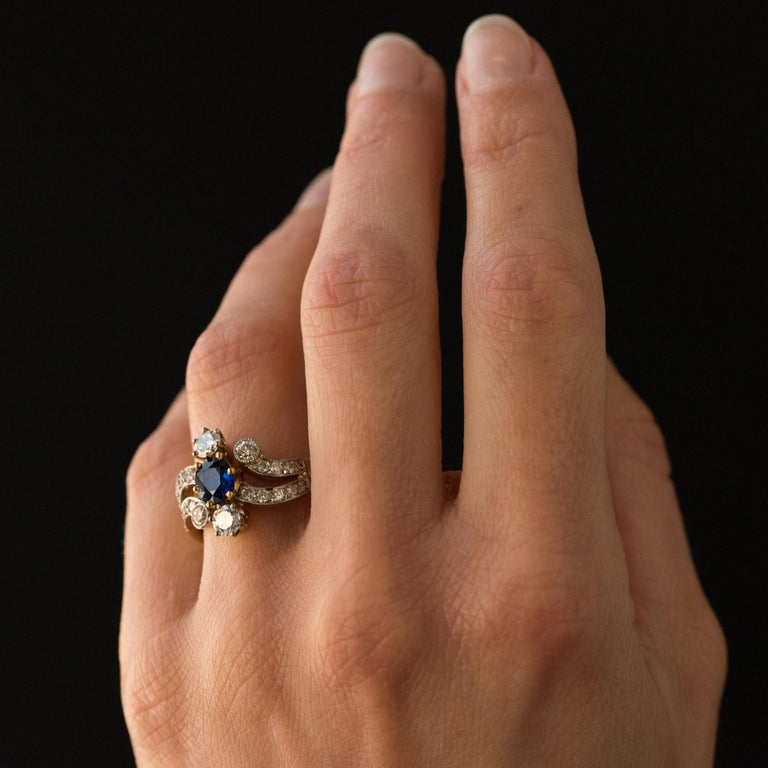 French Modern Sapphire Diamonds 18 Karat Yellow Gold Platinum Ring For Sale 5