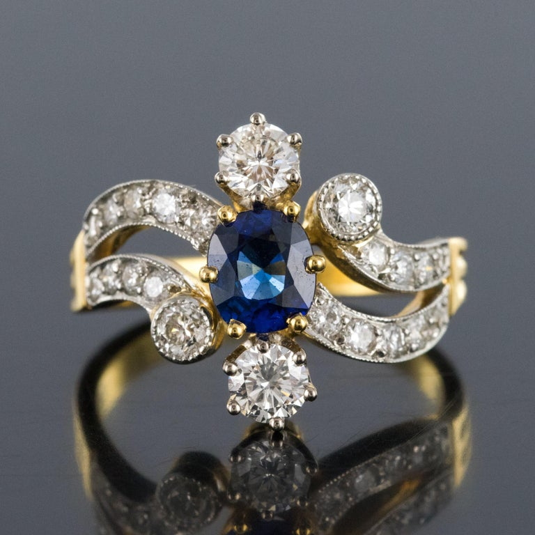 French Modern Sapphire Diamonds 18 Karat Yellow Gold Platinum Ring In New Condition For Sale In Poitiers, FR