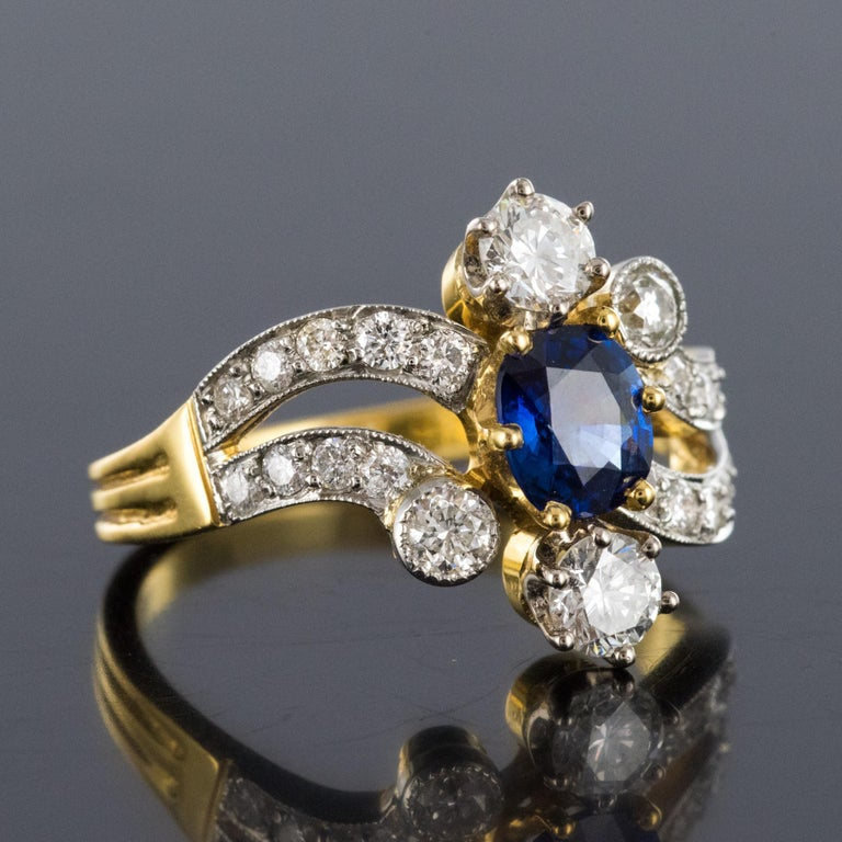 French Modern Sapphire Diamonds 18 Karat Yellow Gold Platinum Ring For Sale 4