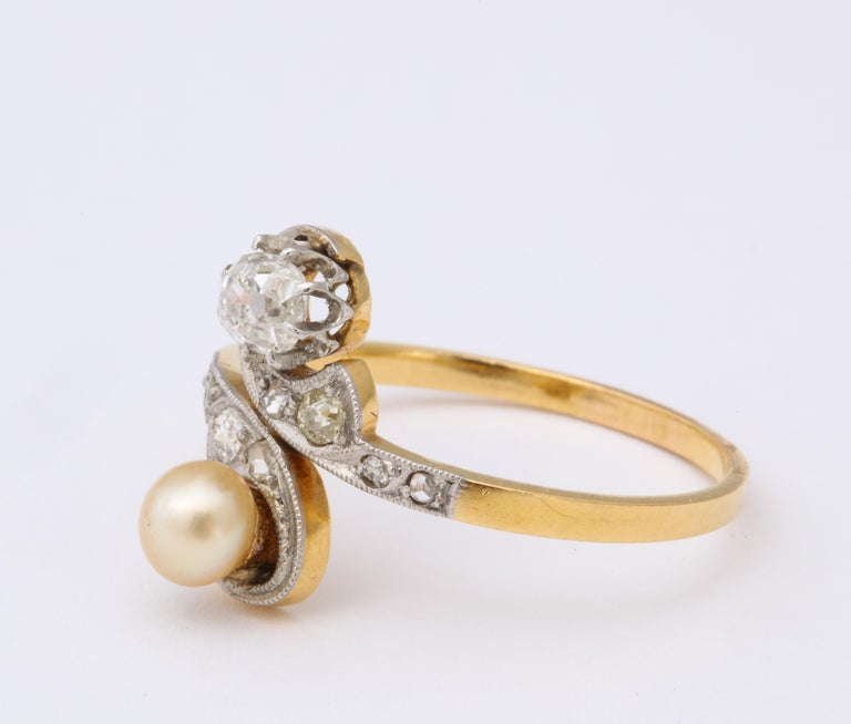 French Moi et Toi Natural Pearl and Diamond Ring In Good Condition For Sale In New York, NY