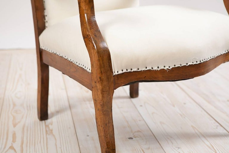 French Napoleon III Fauteuil/ Armchair in Walnut with Upholstery, circa 1870 For Sale 1