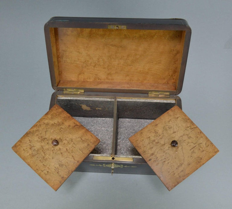 French Napoleon III Marquetry Tea Box, 19th Century For Sale 5