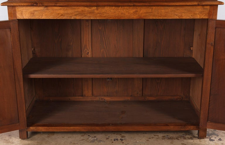 French Napoleon III Walnut Cabinet Bookcase, Late 1800s For Sale 8