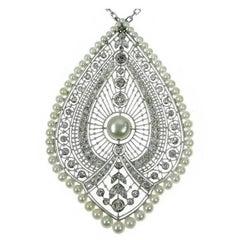 French Natural Pearls & 3.00 Carat Diamond 18 Karat White Gold Pendant Necklace