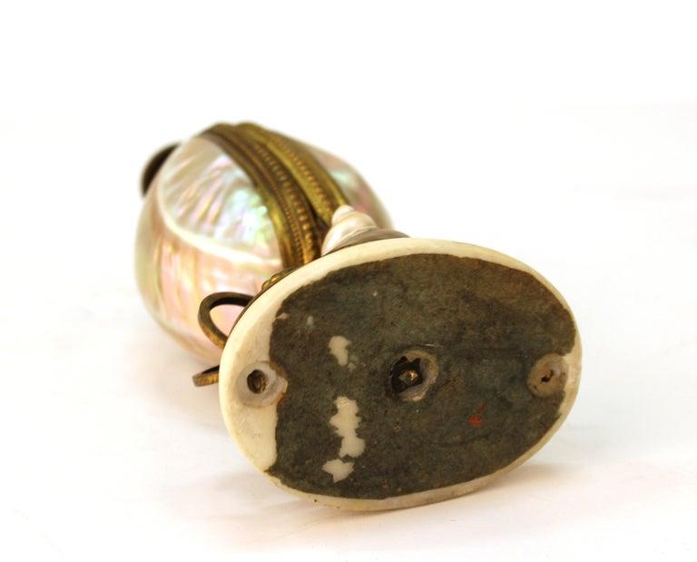 French Nautilus Shell and Ormolu Gilt Metal Mounted Egg-Shaped Mechanical Holder For Sale 7