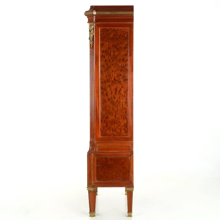 French Neoclassical Mahogany and Leather Antique Chest of Drawers Cartonnier In Good Condition For Sale In Shippensburg, PA