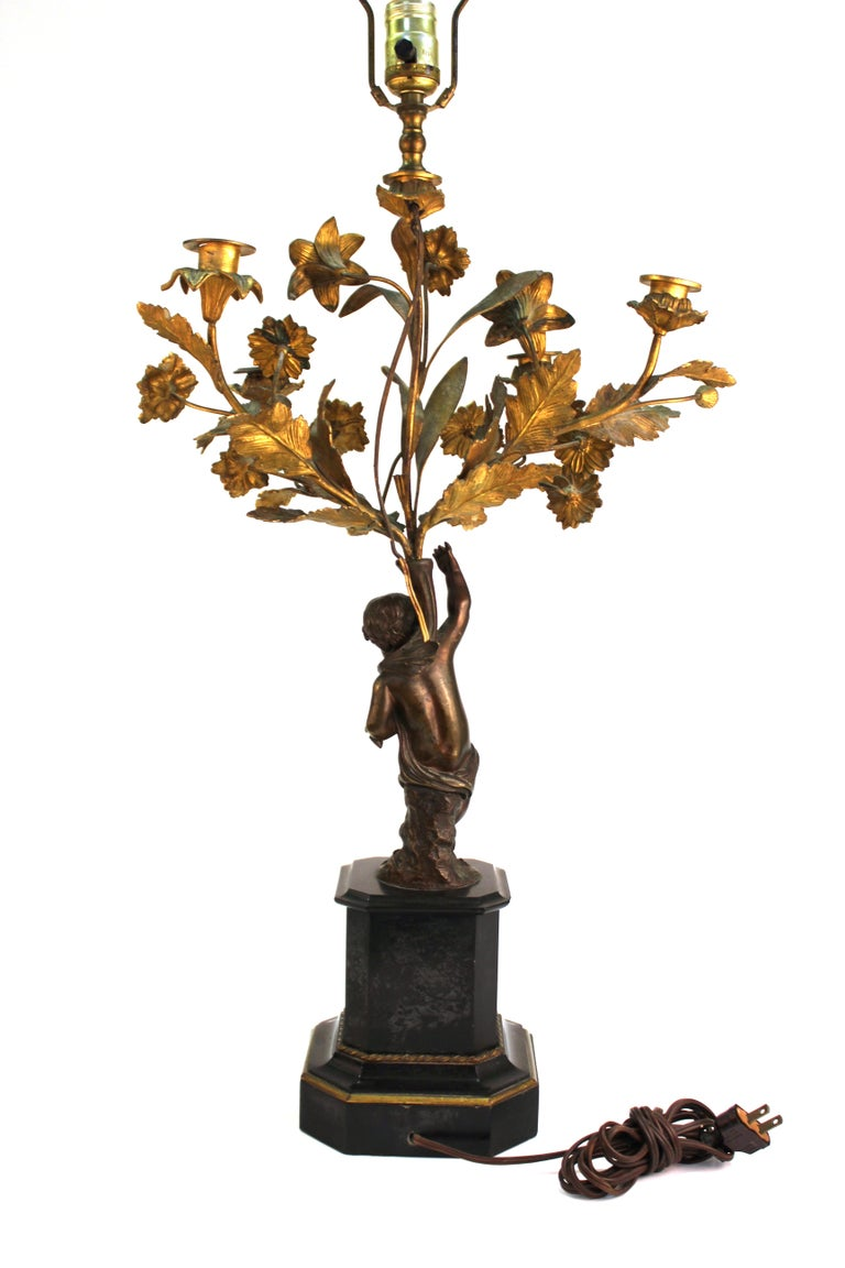 French Neoclassical Revival Bronze Table Lamps with Putti For Sale 3