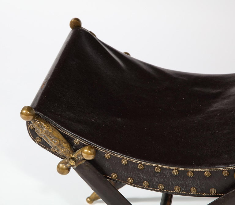 20th Century French Neoclassical Steel, Brass, and Leather Crossed Swords Bench For Sale