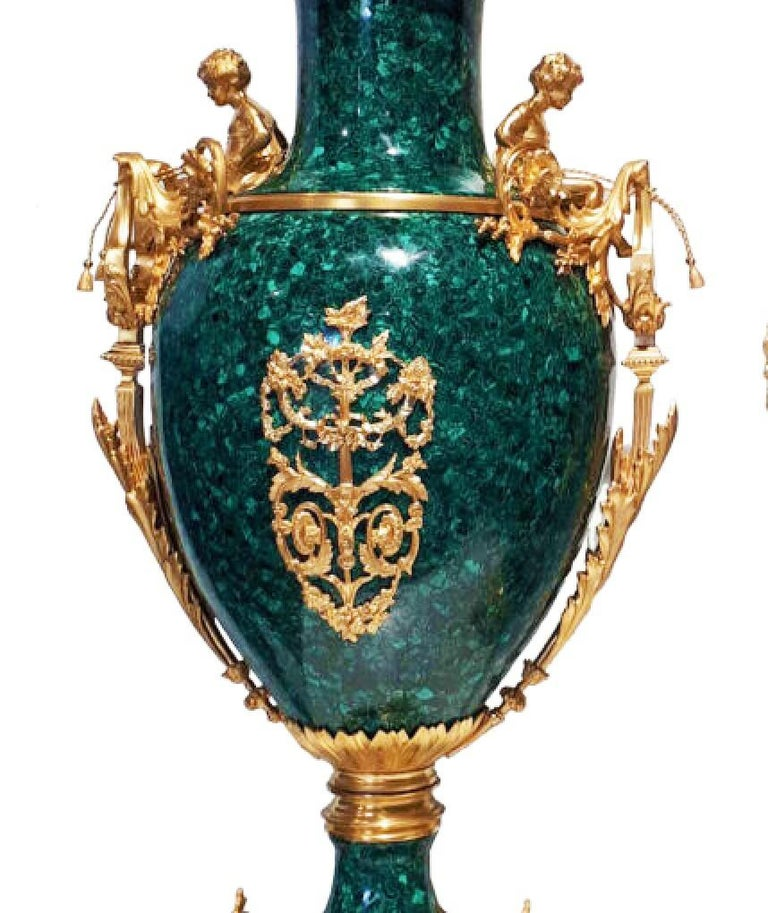 French Neoclassical Style Pair of Malachite and Ormolu Vases For Sale 1