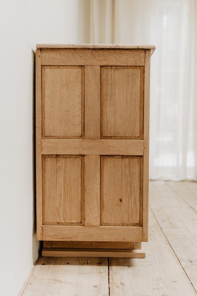 French Oak 1940s Cabinet For Sale 10
