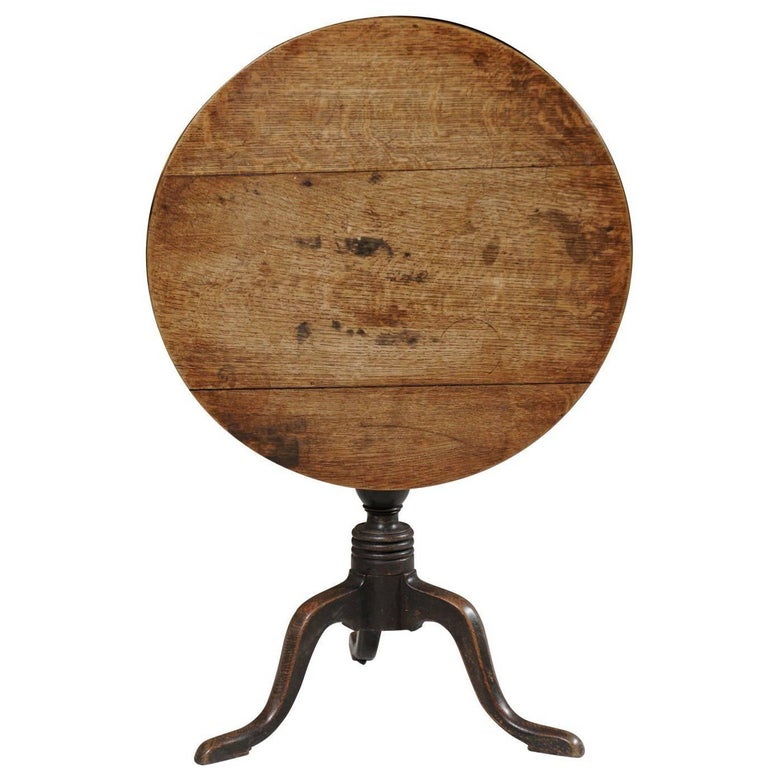 French Oak 19th Century Rustic Tilt-Top Guéridon Table with Pedestal Tripod Base