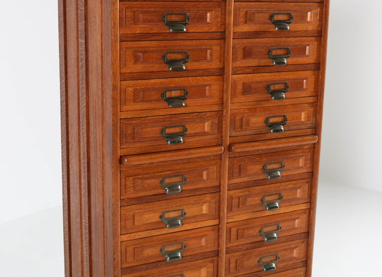 French Oak Art Deco File Cabinet, 1920s For Sale 1