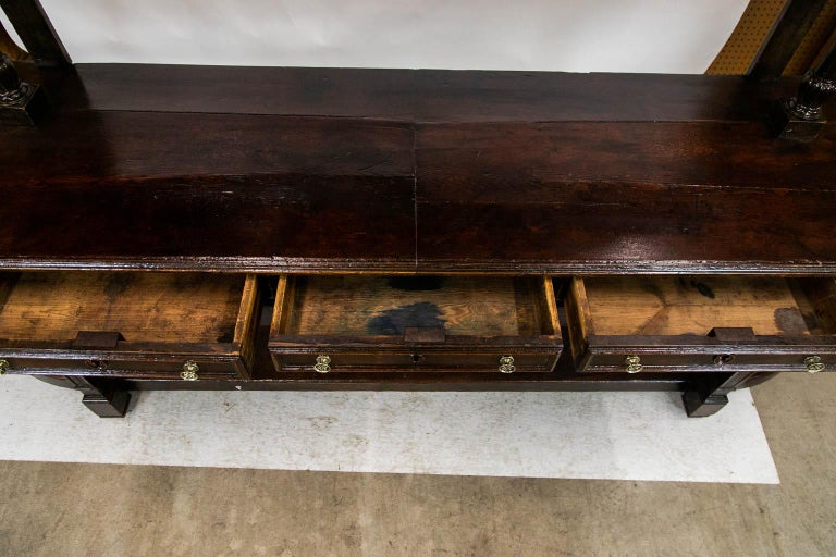 French Oak Buffet Server In Good Condition For Sale In Wilson, NC